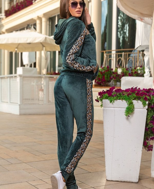 Kristina Great (van gils) - Sports suit female Velor 869  back