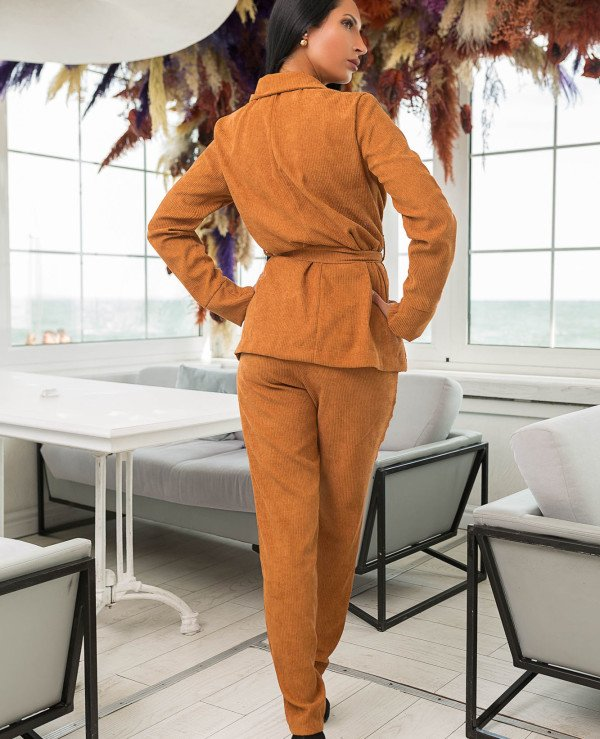 Kristina Great (van gils) - Trouser suit female classical 887 Velveteen  back