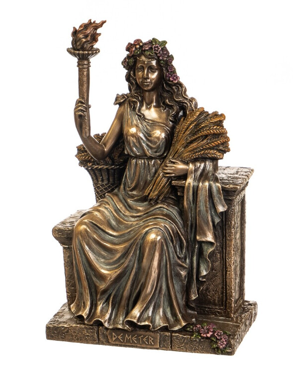 "Veronese - Figurine ""Demeter on the throne"" (24 cm)"