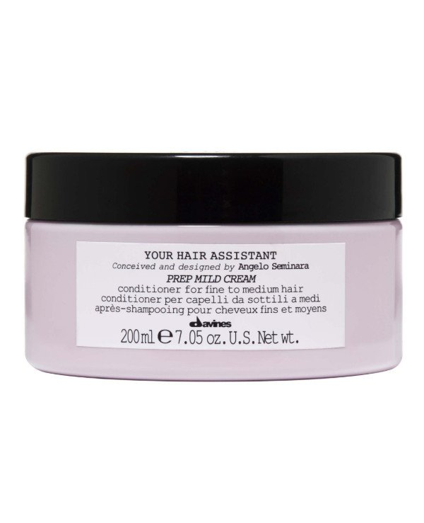 Davines - Soft moisturizing conditioner for hair preparation for styling Your Hair Assistant Prep Mild Cream 200ml